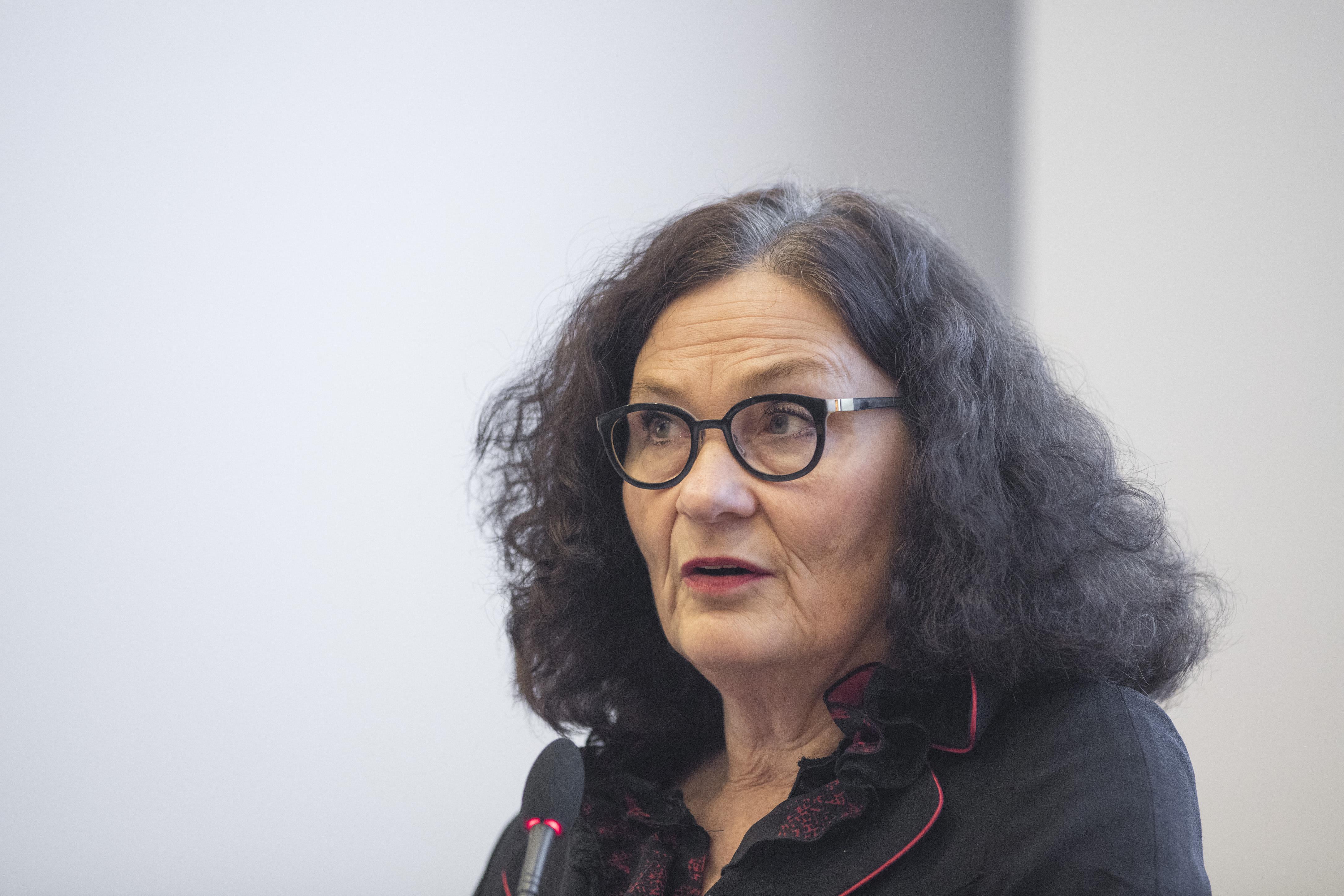 Ebba Witt-Brattström.
