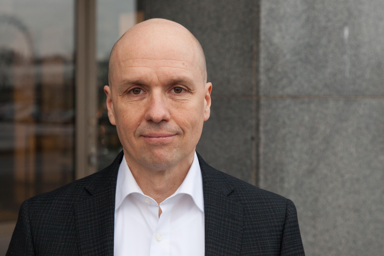 Jyri Komulainen.